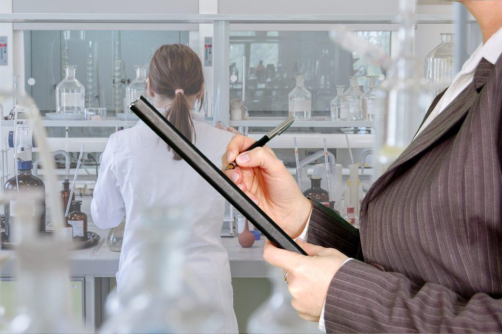 controle fabrication prothèses mammaires